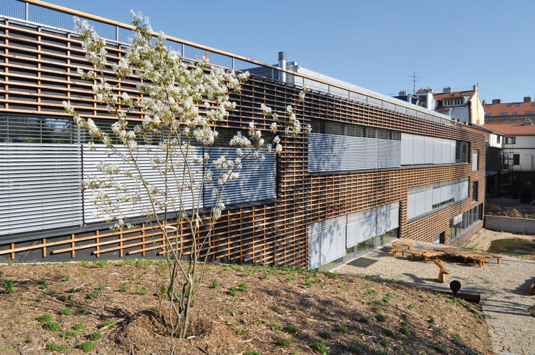 Obr. 5 Administrativní budova Otevřená zahrada v Brně, autor: Adam Halíř, Ondřej Hofmeister – PROJEKTIL architekti, s. r. o.