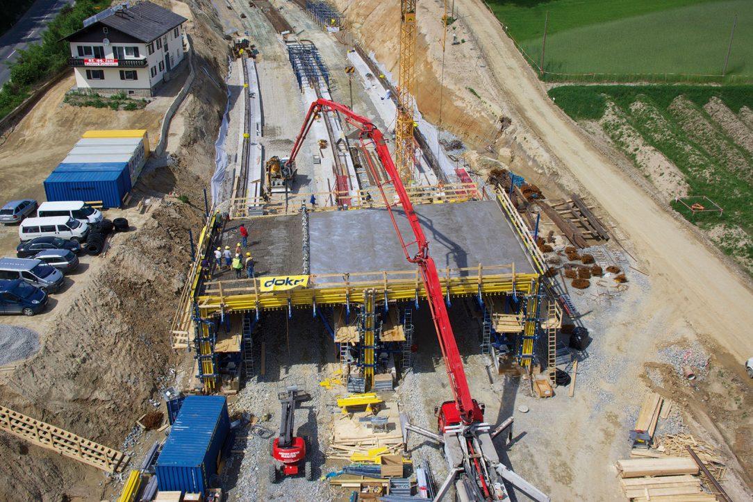 Podzemní trasa Ganglsiedlung se skládá ze dvou rour o délce 275 m. (foto: Doka)