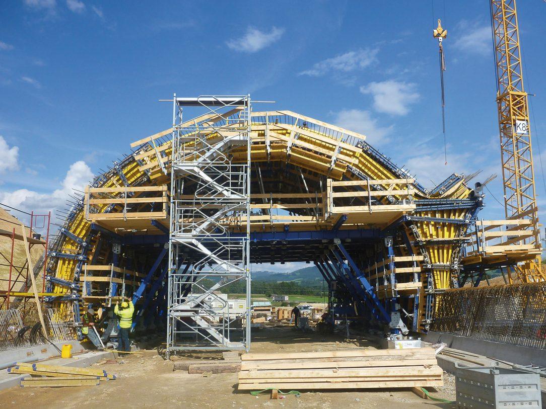 Tunelový bednicí systém byl vyvíjen v úzké spolupráci mezi stavebními firmami a společností Doka. (foto: Doka)