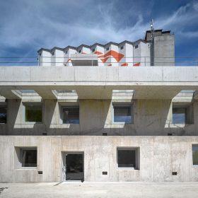 Administrativní budovy ve Strančicích