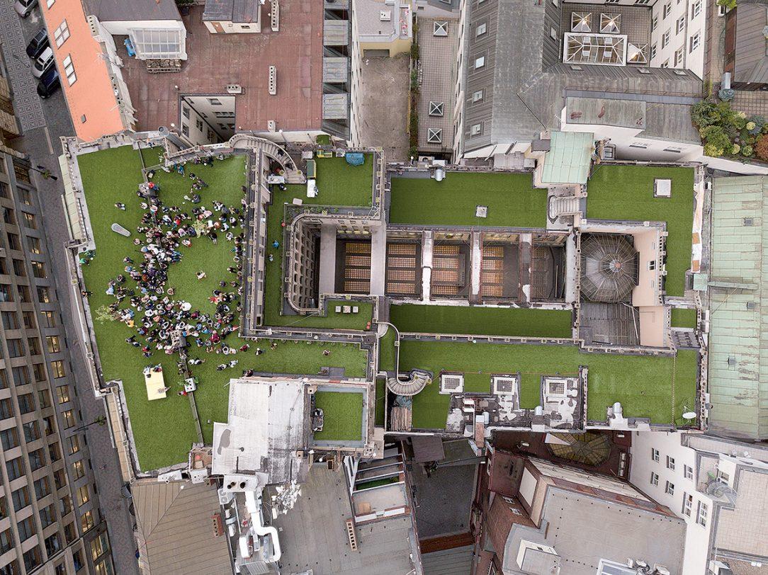 Náměstí nad střechami Palác Lucerna Praha 2018