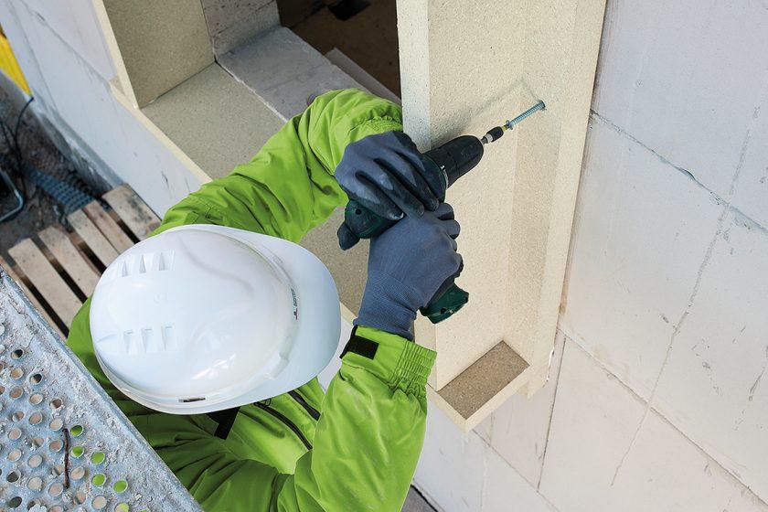 Velmi jednoduchá instalace nosných rámů na zdivo jen pomocí lepení a pojistného kotvení 2