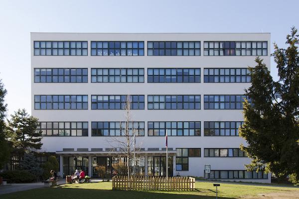 Základní škola a Mateřská škola Bílá