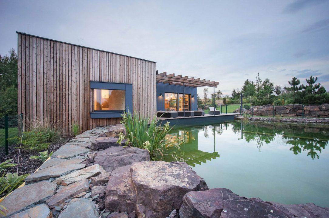 Zahradní domek u vody