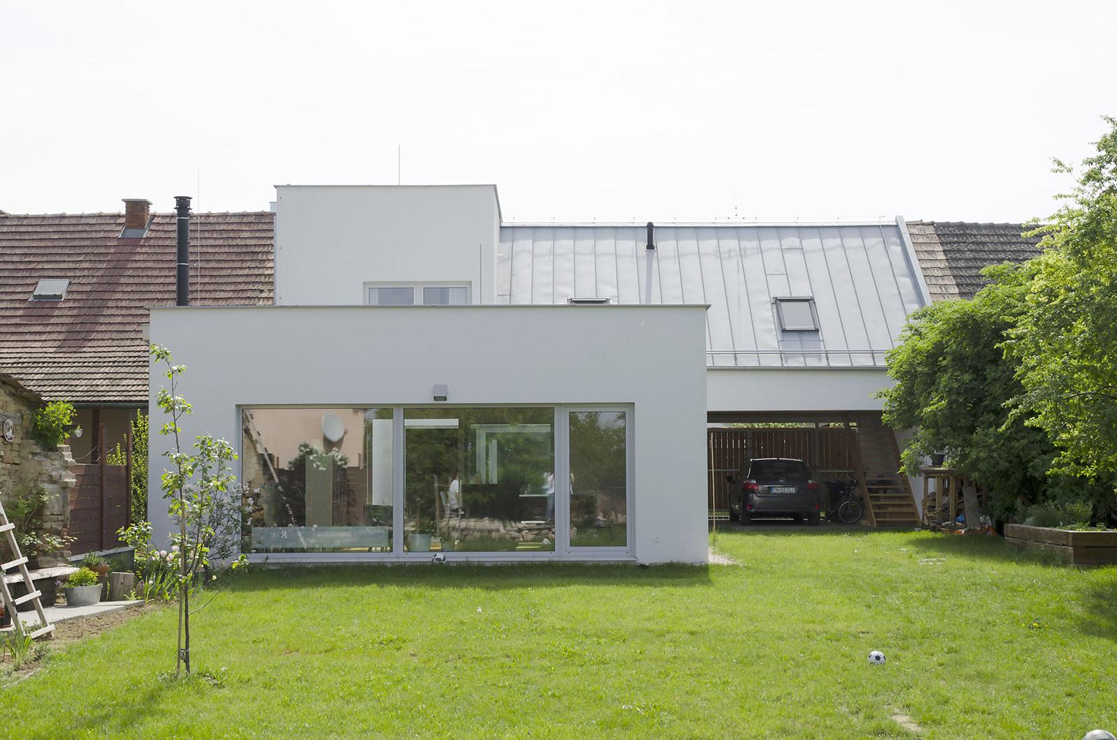 Rekonstrukce rodinného domu Moravany 3
