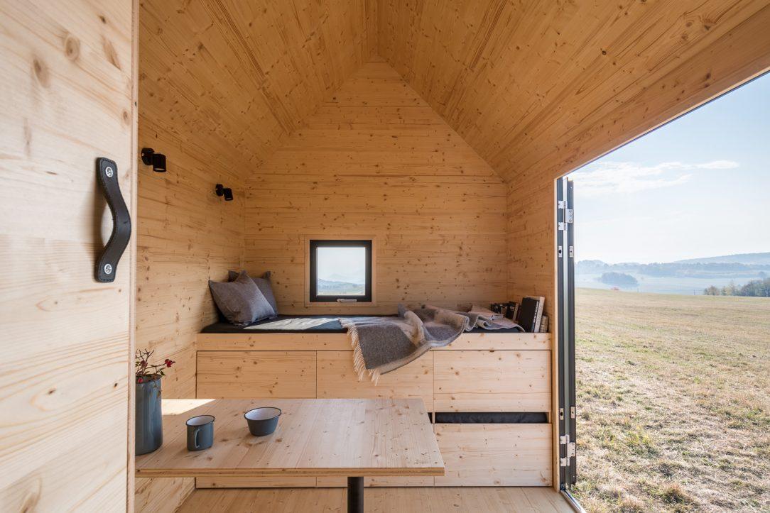 Mobile Hut 8