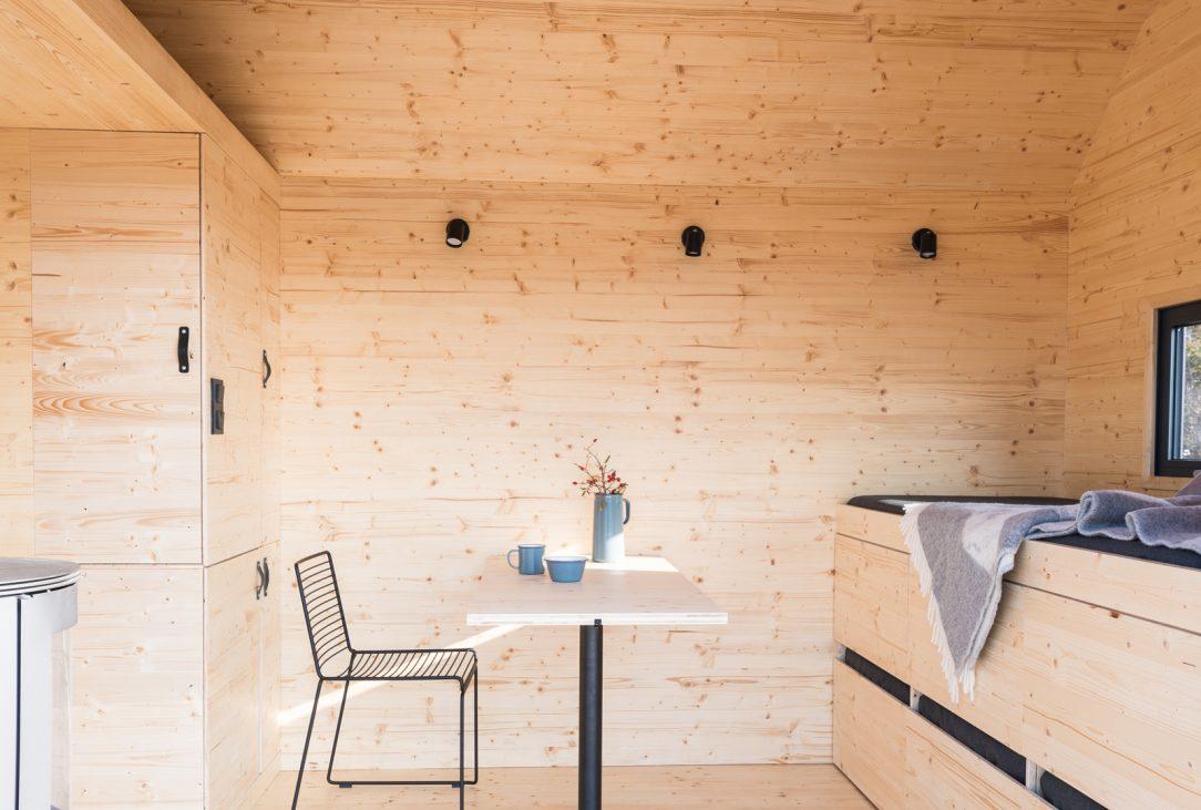 Mobile Hut 9