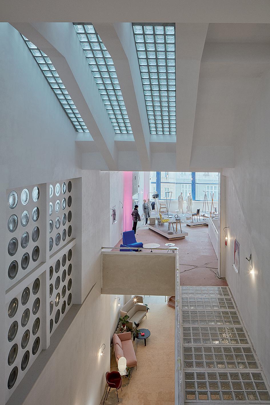 ešení úzké parcely po vzoru Le Corbusiera
