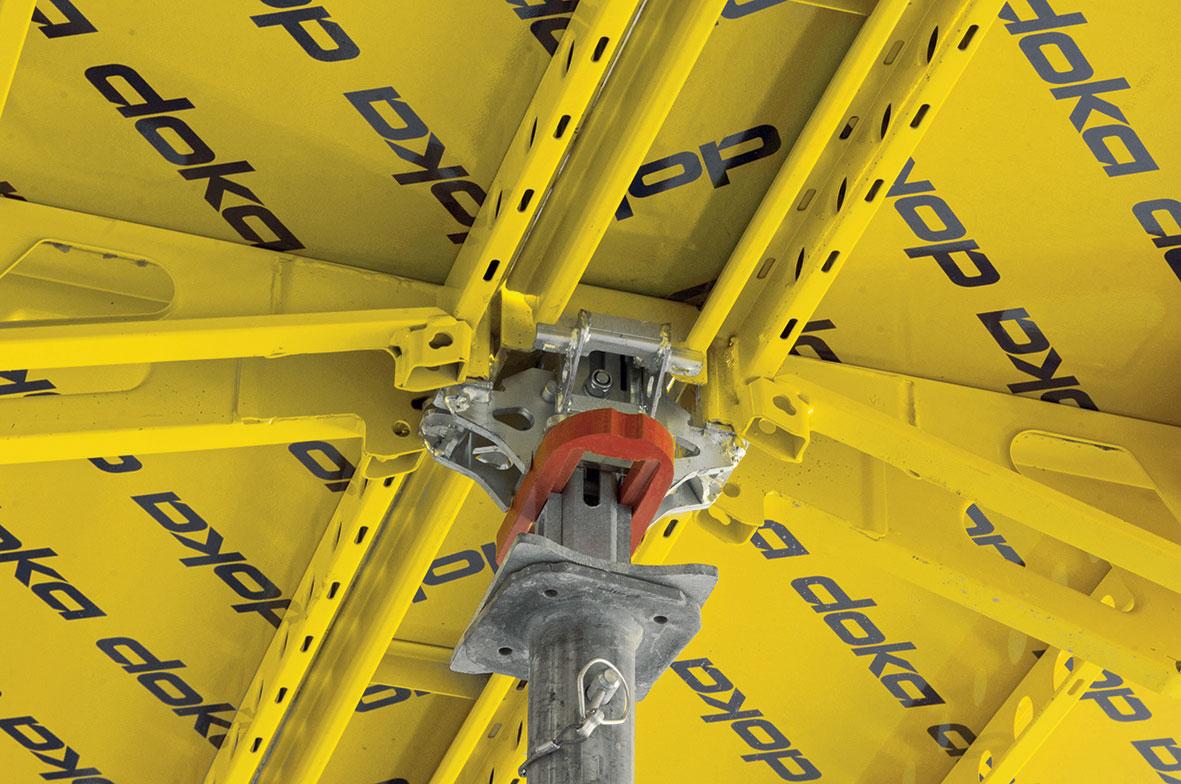 Ještě rychlejší průběh stavby je zajištěn díky brzkému odbednění pomocí spouštěcí hlavy Dokadek XF.