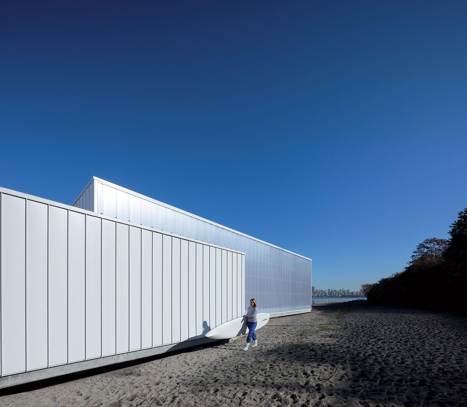 Jednoduchý rastr panelové fasády