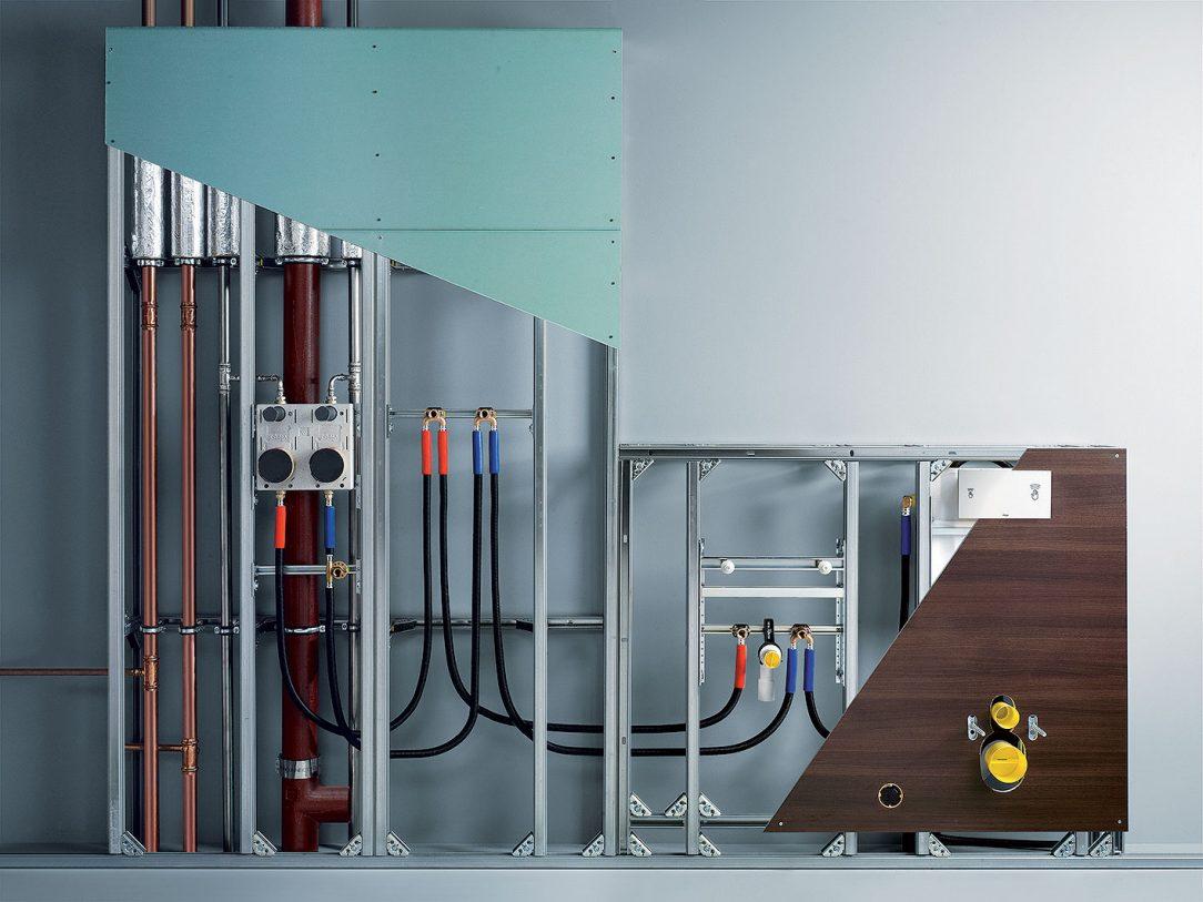 Obr. 6 Modulární předstěnový rámový systém Steptec pro dokonale přesnou instalaci.