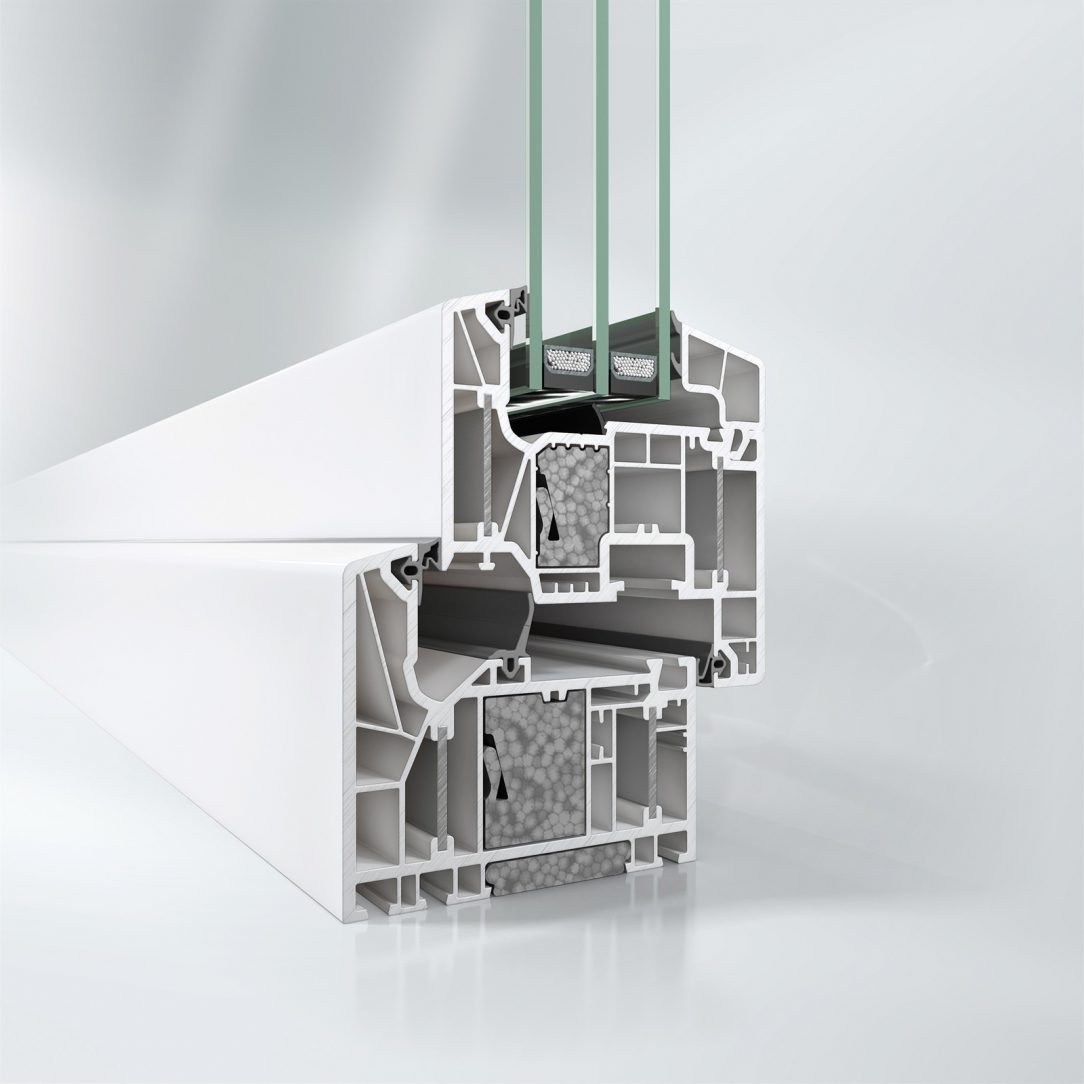 Okenní systém Schüco LivIng Alu Inside s patentovanou technologií hliníkových pásků a přídavných izolačních bloků vhodný pro certifikaci pasivních domů podle Dr. Feista