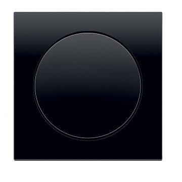 R.8 černý plast