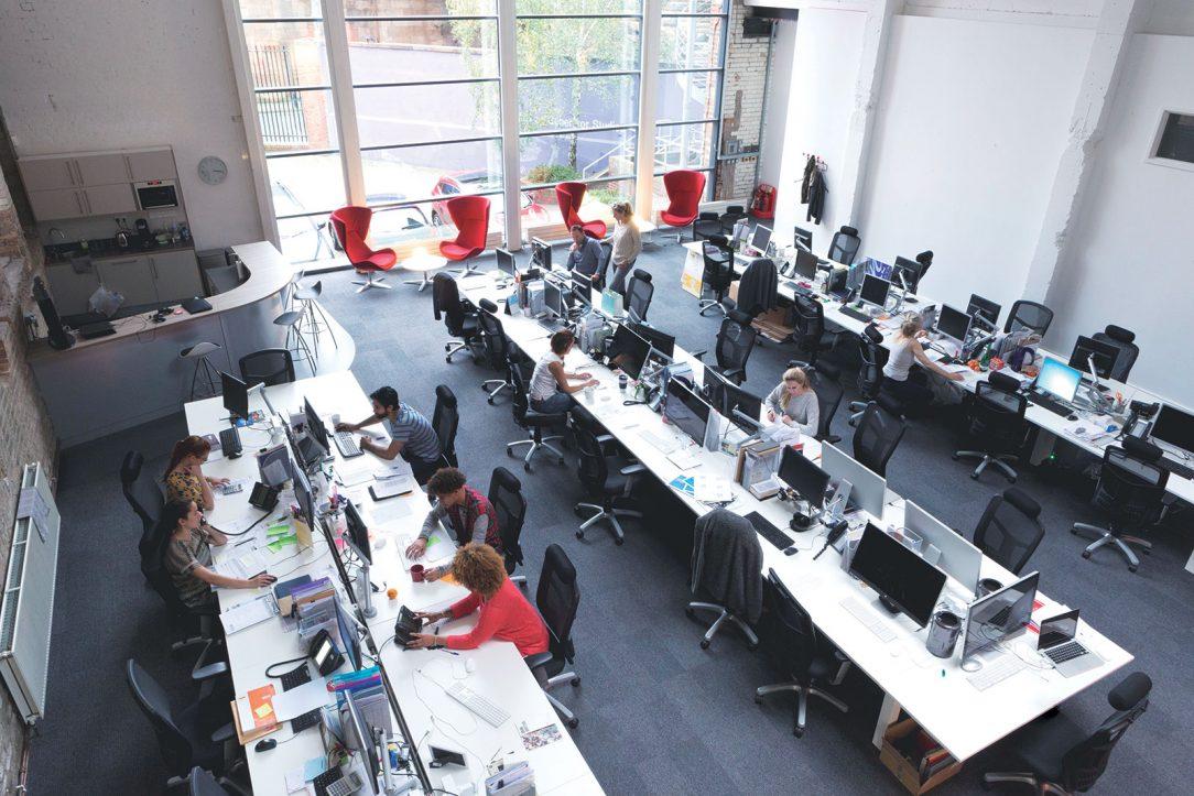 Dobré klimatické podmínky v prostorách a budovách jsou zásadním předpokladem pro lidský pocit pohody a jsou bezpodmínečné jak v soukromém prostředí, tak také na pracovištích.