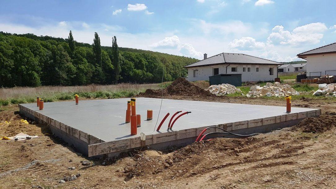 08 Vodorovná betonová deska