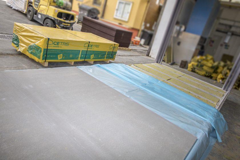 Podlahy z cementotřískových desek