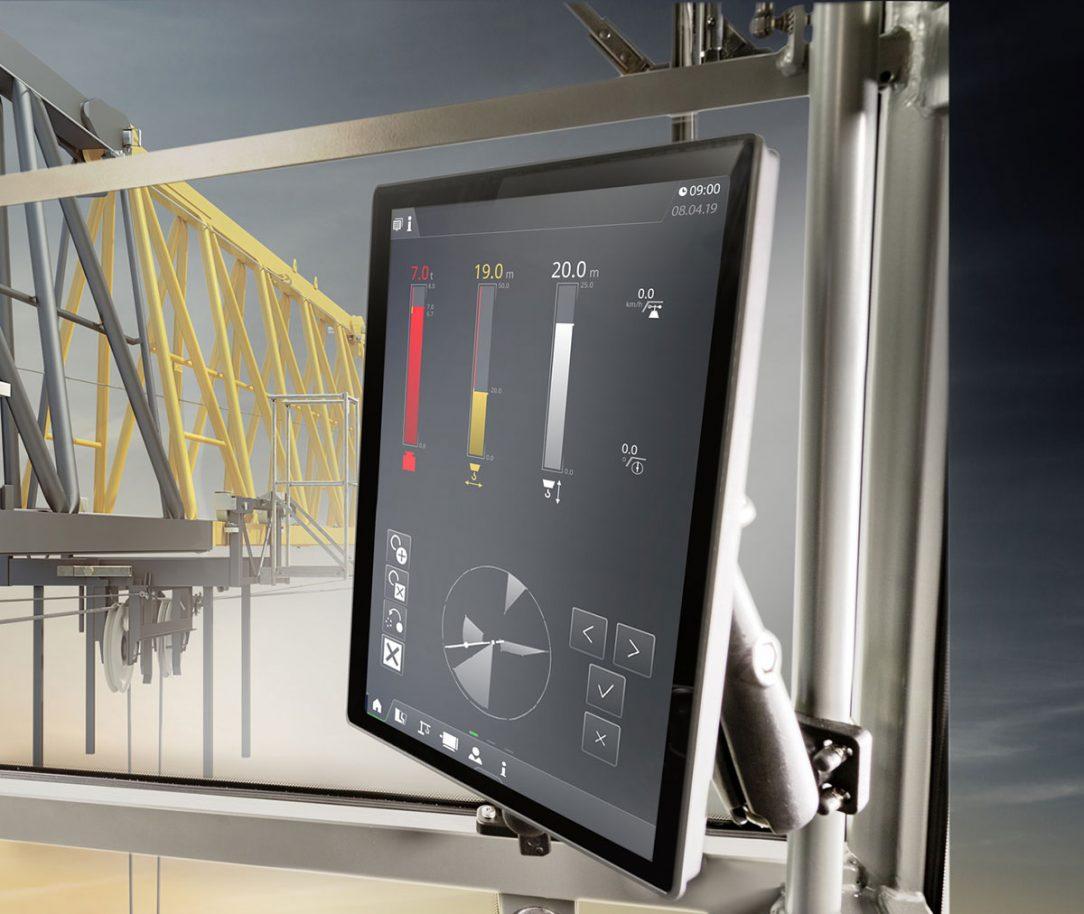 Nový 12 palcový multidotykový displej propojuje celou kabinu.