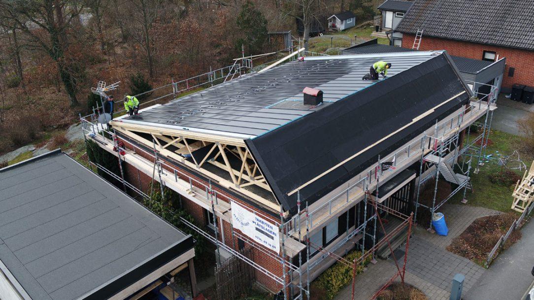 Montáž střešního systému Lindab SolarRoof