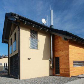 Schiedel ICS může být výrazným architektonickým prvkem Vašeho domu.