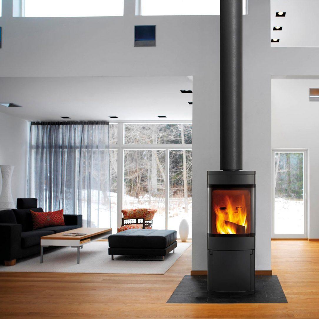Schiedel Permeter v černé barvě se bude dobře vyjímat i ve vašem interiéru provedení bez spon tzv. SMOOTH