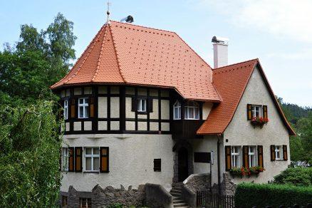 Dům s pálenou střechou TONDACH
