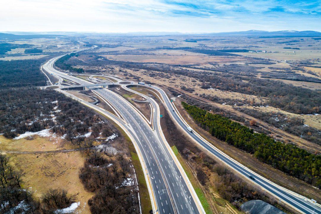 Obchvat města Várpalota silnice č. 8 km 23900 29700 Maďarsko