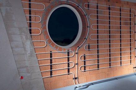 Montáž stěnového vytápění
