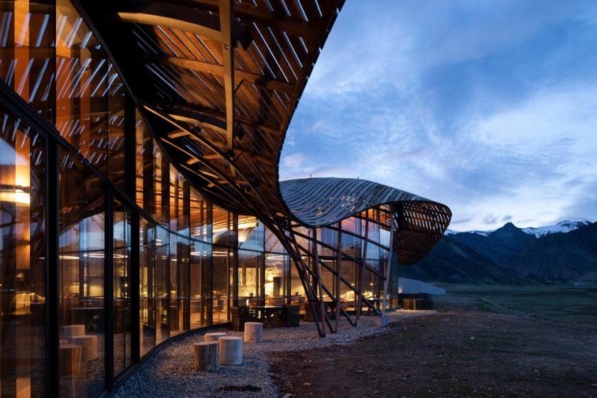 Lindis Lodge – luxusní chalupa s pěti ložnicemi v opuštěném ledovcovém údolí v novozélandských Jižních Alpách