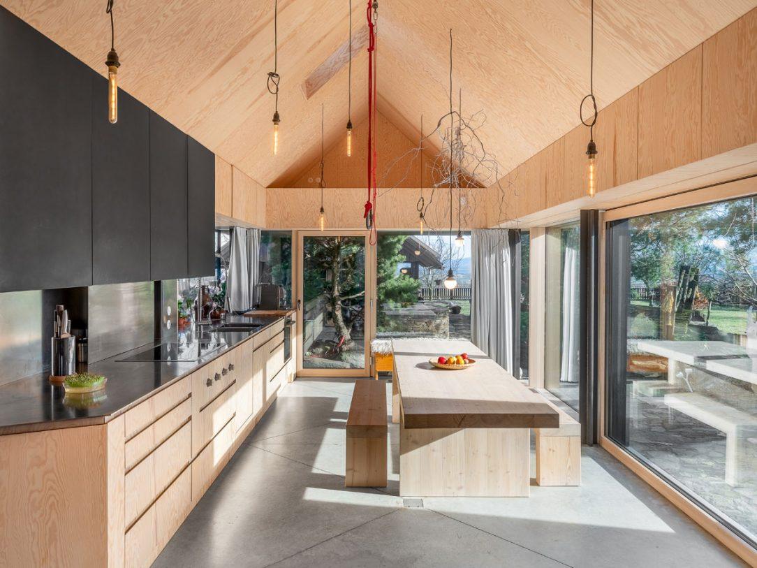 Kuchyň v nové přístavbě