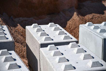 Nový materiál se na první pohled nijak neliší od běžného betonu.