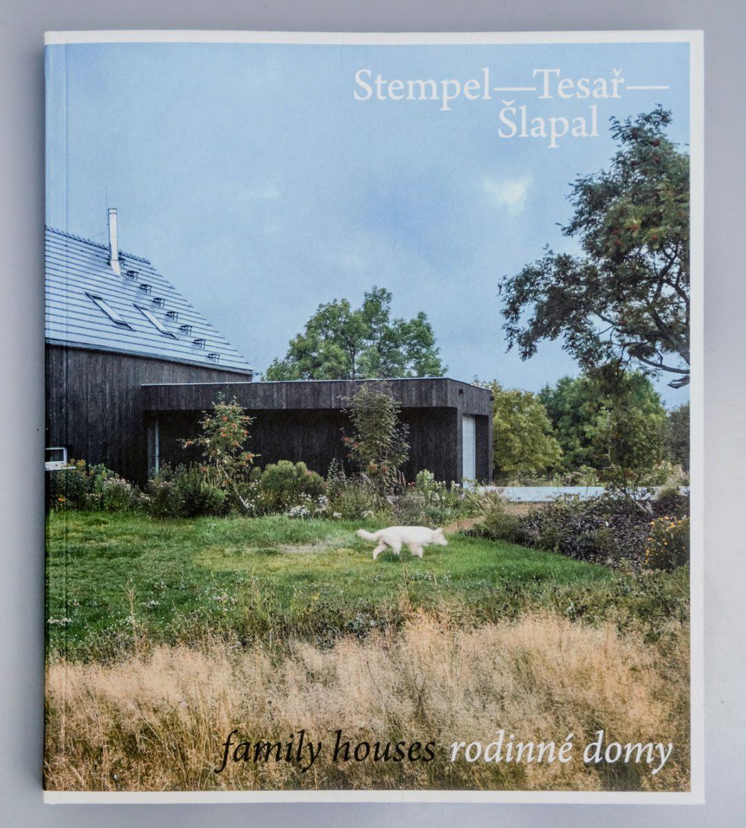 Obálka knihy Rodinné domy