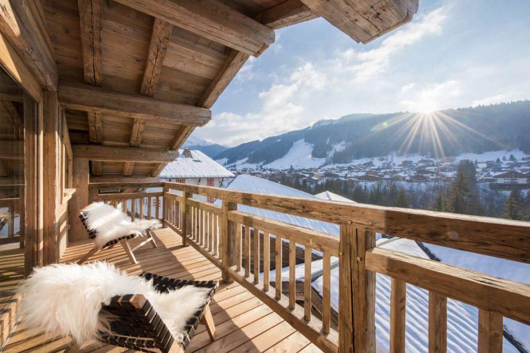 Pohodlná horská chata zasazená do svahu s nádherným výhledem na Morzine