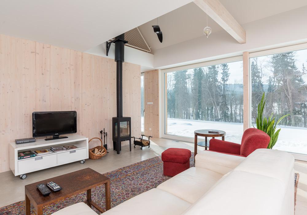 obývák s francouzským oknem
