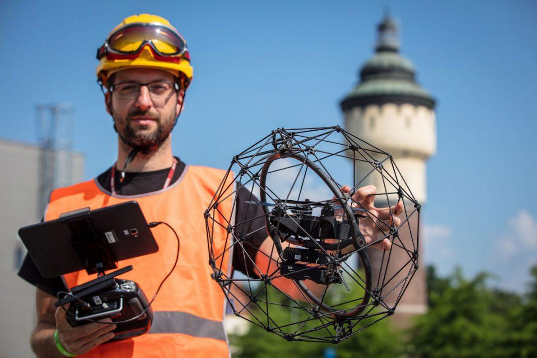 Dron Elios