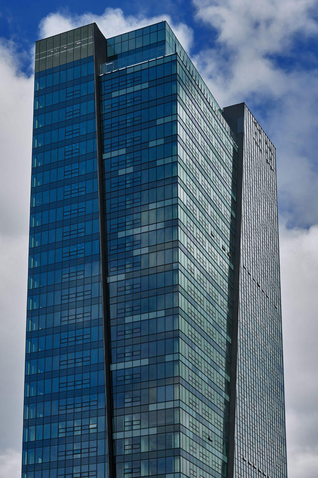 Fasáda pro Nivy Tower