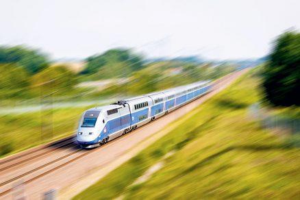Správa železnic se rozhodla v koordinaci s ministerstvem dopravy využít více než padesátiletého technického know how francouzských železnic.