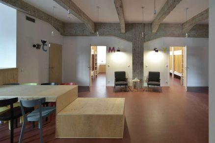 Hostel CMYK 07