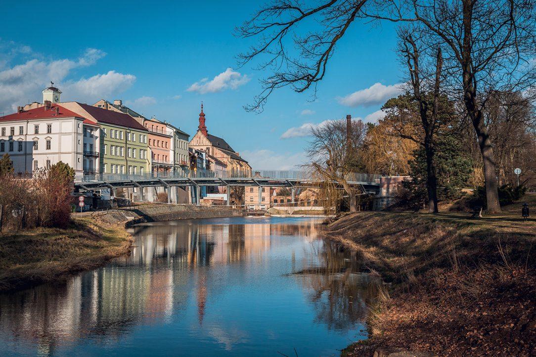 Komenského most přes Labe v Jaroměři, architekti: Mirko Baum, David Baroš, Vladimír Janata