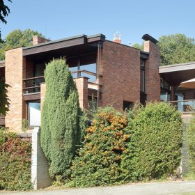 Renovace rodinného domu s netradičním řešením 3