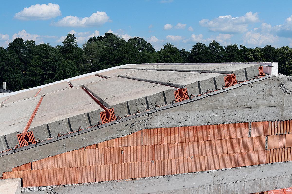 Těžká šikmá střecha