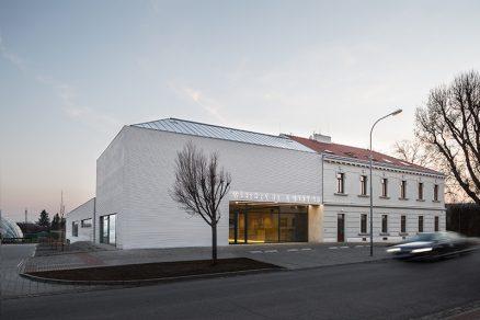 Městská hala Modřice – tým Vojtěch Sosna, Jakub Straka, Jáchym Svoboda, Atelier bod architekti a hlavní inženýr projektu Ing. Jan Svoboda