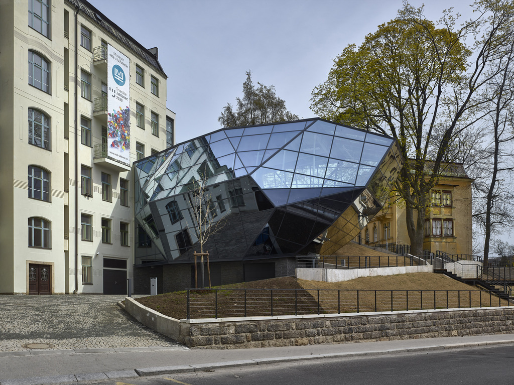 Přístavba Muzea skla a bižuterie