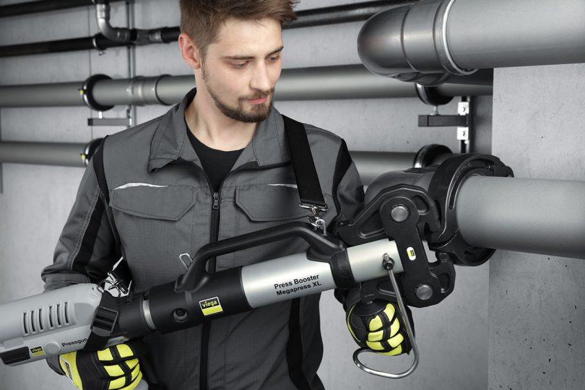 Vyspělé lisovací spojovací systémy Viega lze použít u potrubí s průměrem až do DN 100.