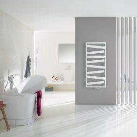 Jedinečné designové radiátory Zehnder Vaši koupelnu nejen příjemně vyhřejí, ale vytvoří ji krásnější. Není se co divit, vždyť na jejich návrhu se podílela řada známých designérů, jako například věhlasné duo King & Miranda, tvůrci bestselleru Zehnder Kazeane.