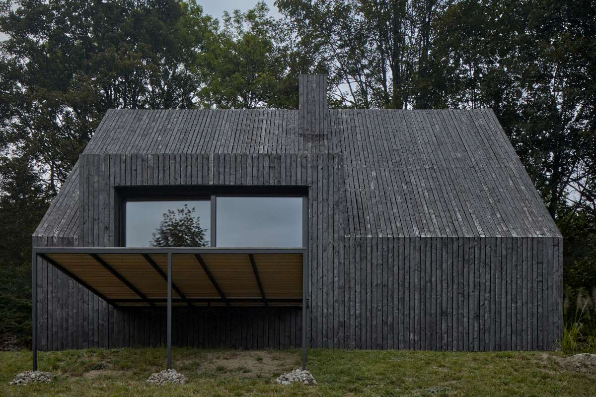mjolk architekti cottage pod bukovkou boysplaynice 04 1200