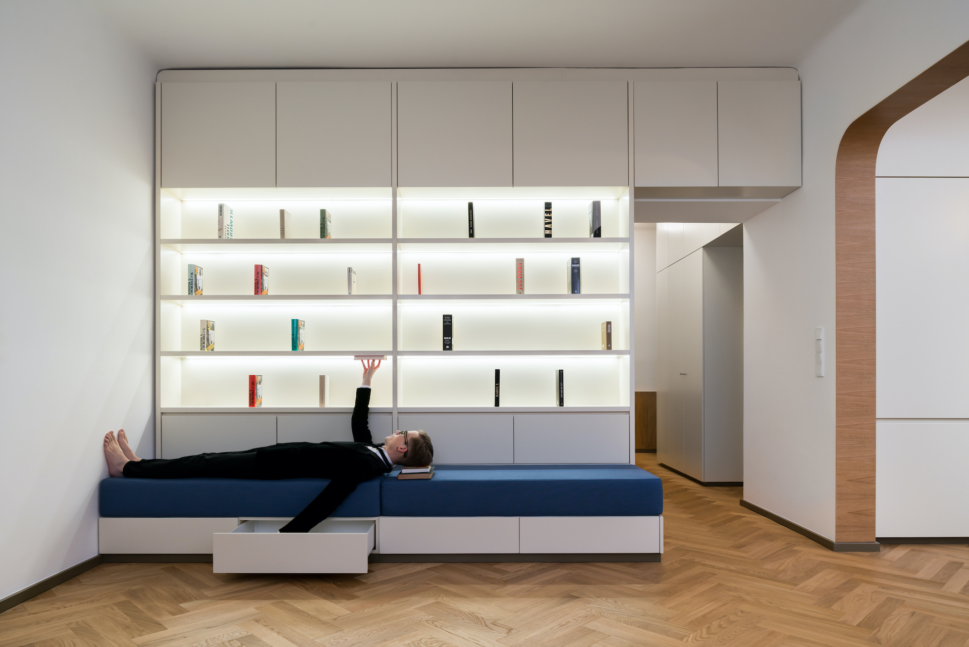 no architects with gracefulness from dejvice studio flusser 03