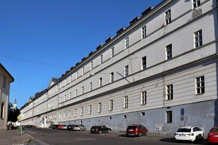1024px Praha VFN 2