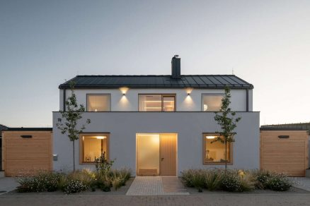 family house with atrium senaa alex shoots buildings 01 1200