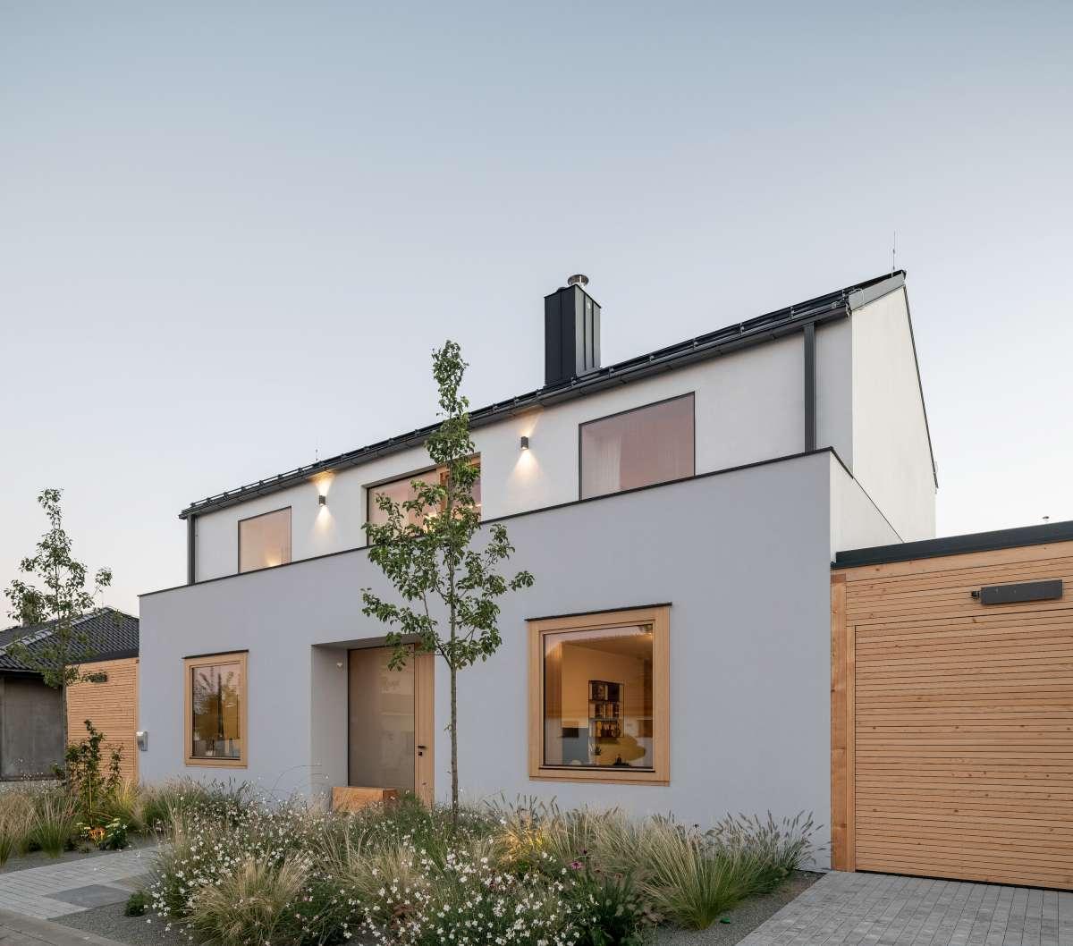family house with atrium senaa alex shoots buildings 02 1200