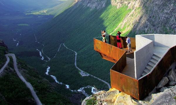 Architektura v panenské přírodě Norska